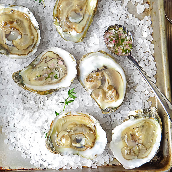 Oysters with Thyme Mignonette
