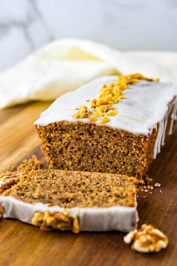 Slicing the cinnamon loaf cake.