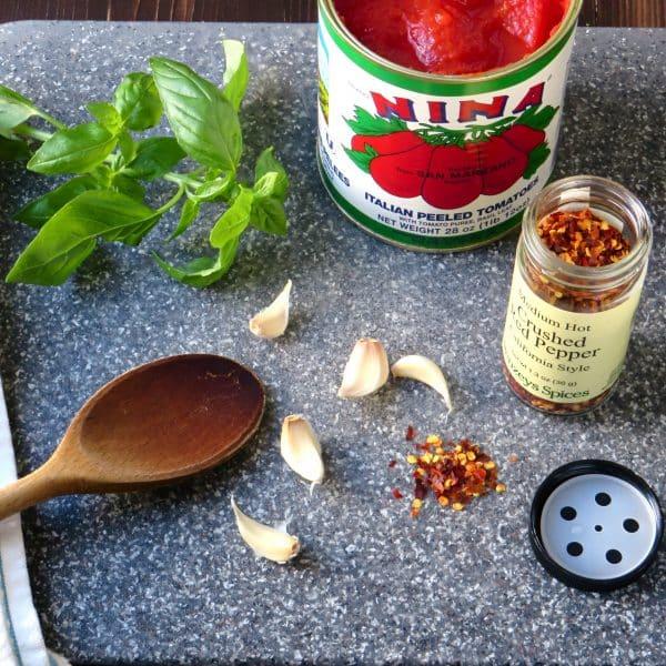 20-minute pomodoro sauce |Garlic + Zest