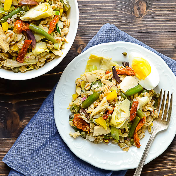 Overhead shot of Nicoise Farro Salad