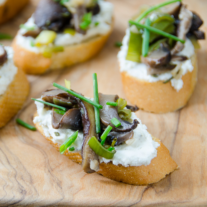Wild Mushroom and Leek Crostini with chives
