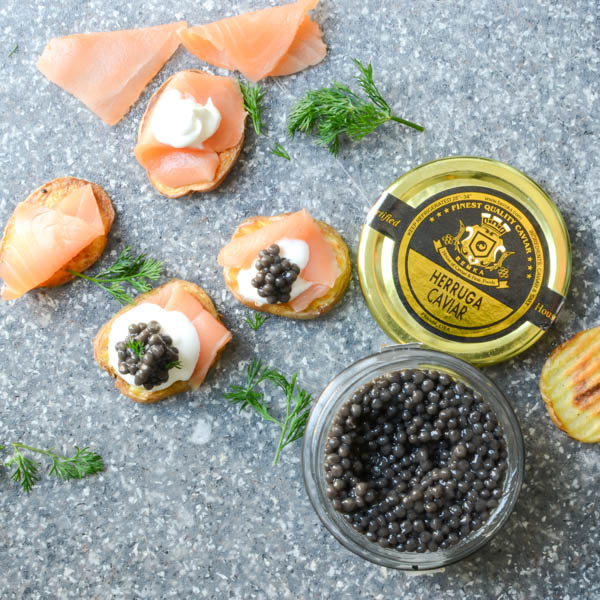 smoked salmon and caviar bites-8