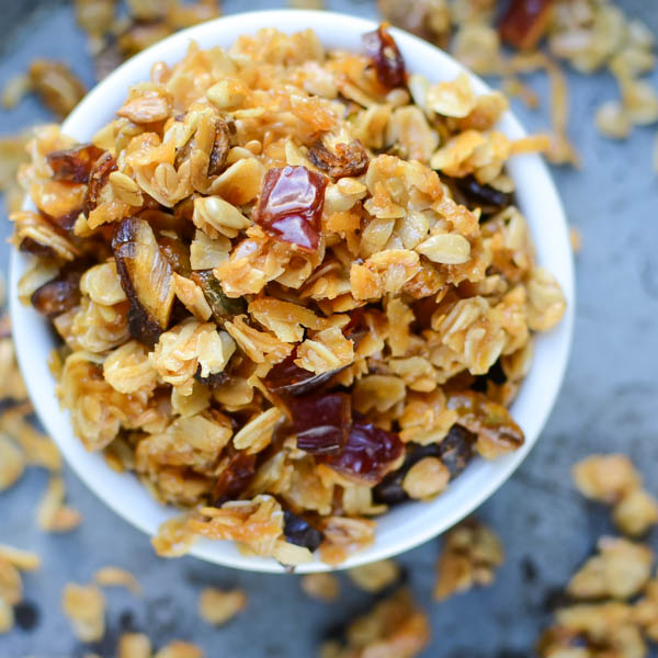 Crunchy Pistachio Date Granola