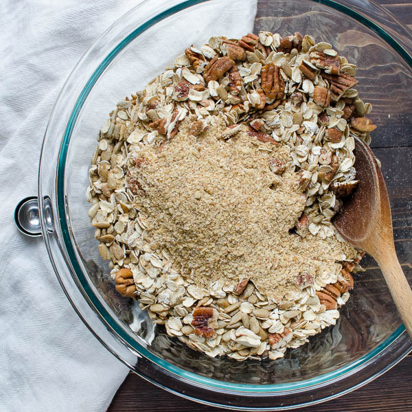 maple-cinnamon-pecan-granola-3