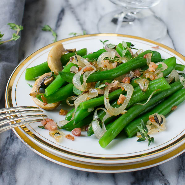 Plated green beans