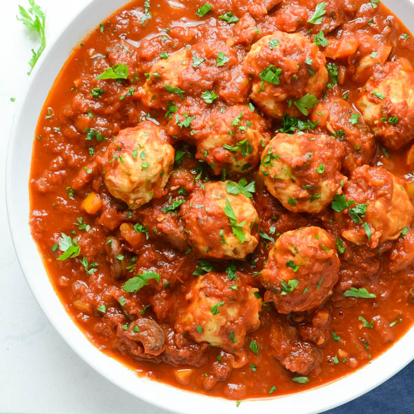 Serving Healthy Saucy Chicken Meatballs