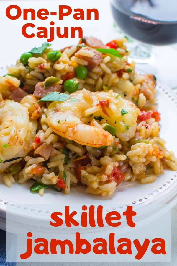 Need a fast one-pan jambalaya recipe? This Easy Cajun Skillet Jambalaya is a delicious, gluten free dinner that's ready in about 30 minutes. #skilletdinner #onepanmeals #cajunshrimprecipe