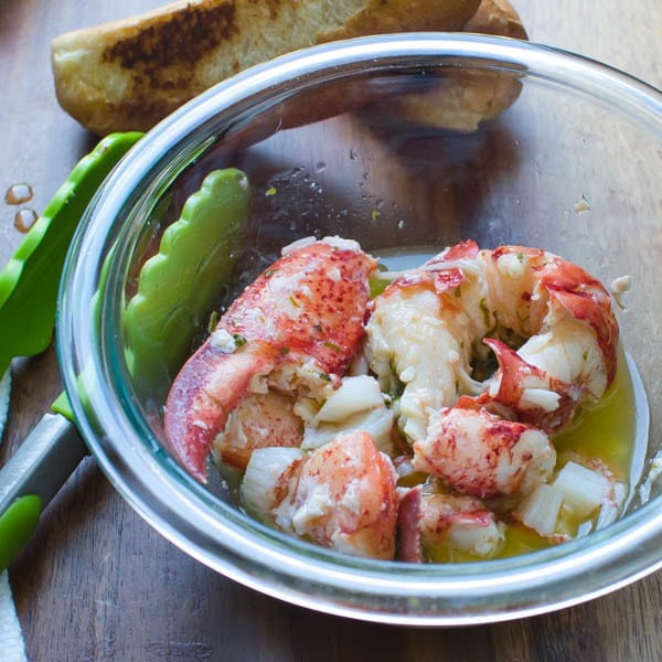 lobster meat in lemon butter