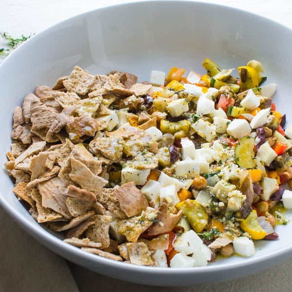 Mediterranean Style Cuisine: Mediterranean-Style Fattoush Salad