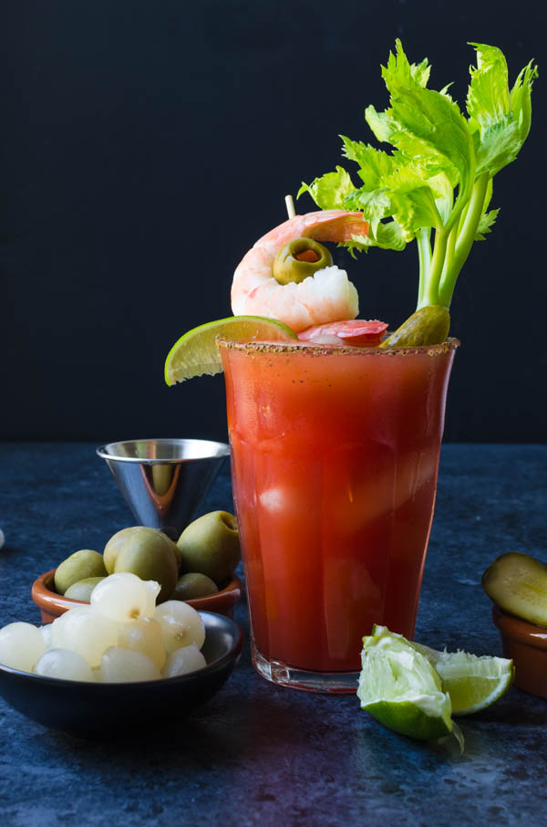 How to make bloody mary mix with clamato