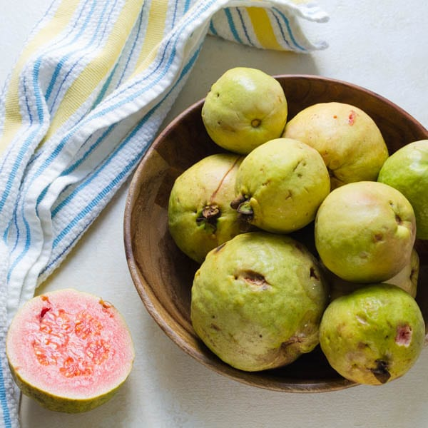 Bowl of fresh ripe guavas.
