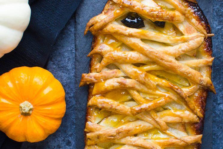 Easy Apple Tart - A Halloween Recipe