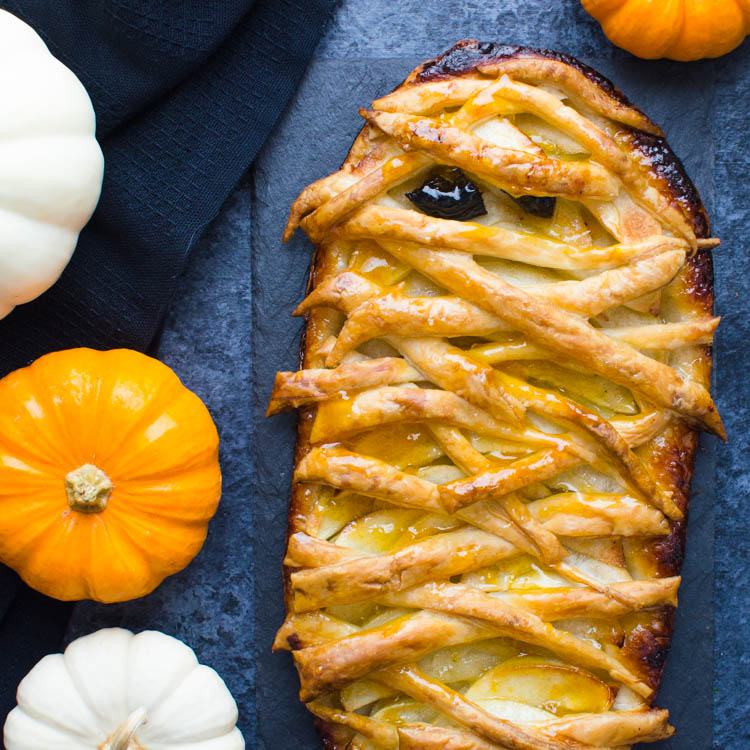 Easy Apple Tart - A Halloween Recipe