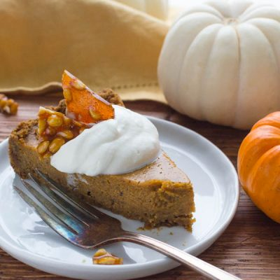 Thanksgiving Pumpkin Pie with Gingersnap Crust