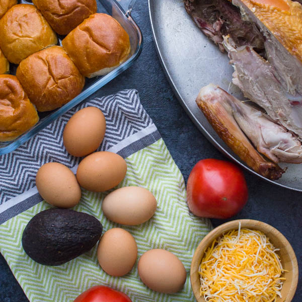 ingredients for an easy breakfast sandwich.