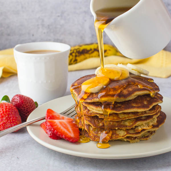 Fluffy Almond Flour Banana Pancakes