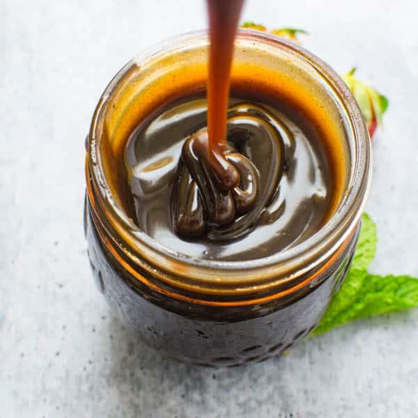 Balsamic Caramel Dessert Sauce