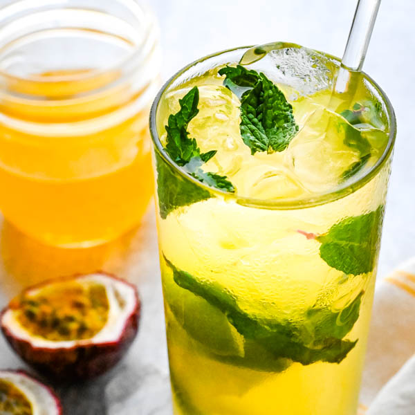 Tropical Bubbly Passion Fruit Mojito