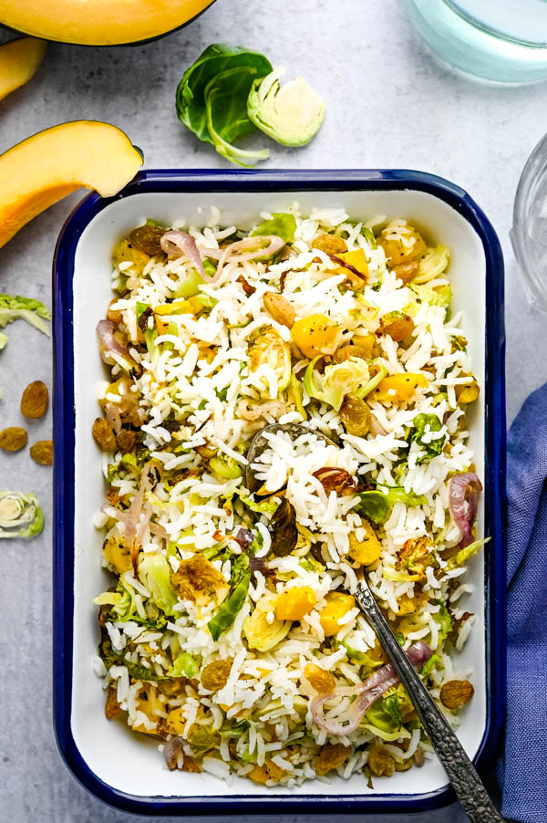 Love easy rice side dishes? Basmati Rice Pilaf - is a healthy rice recipe.