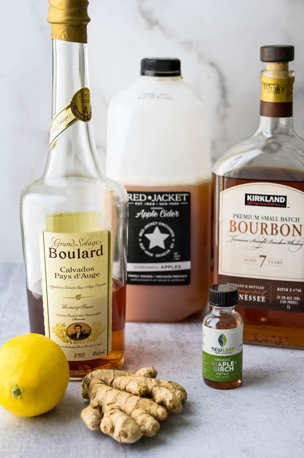 Ingredients for the sophisticated cocktail.