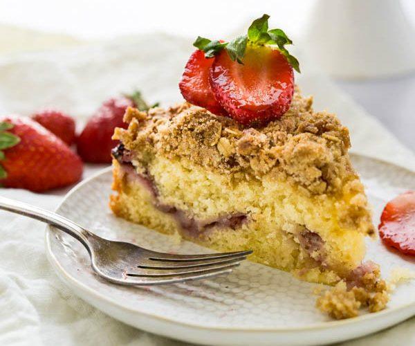 Strawberry Lemon Crumb Cake