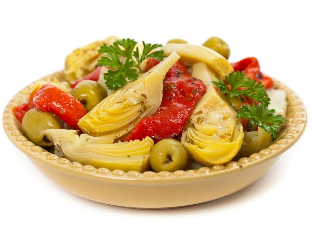 artichokes, olives and bell peppers can flavor your chunky pasta sauce with ease.